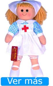 Día de la Enfermería: muñeca enfermera de trapo