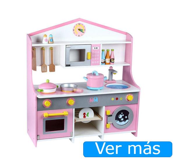 Cocinita de madera con horno y lavadora