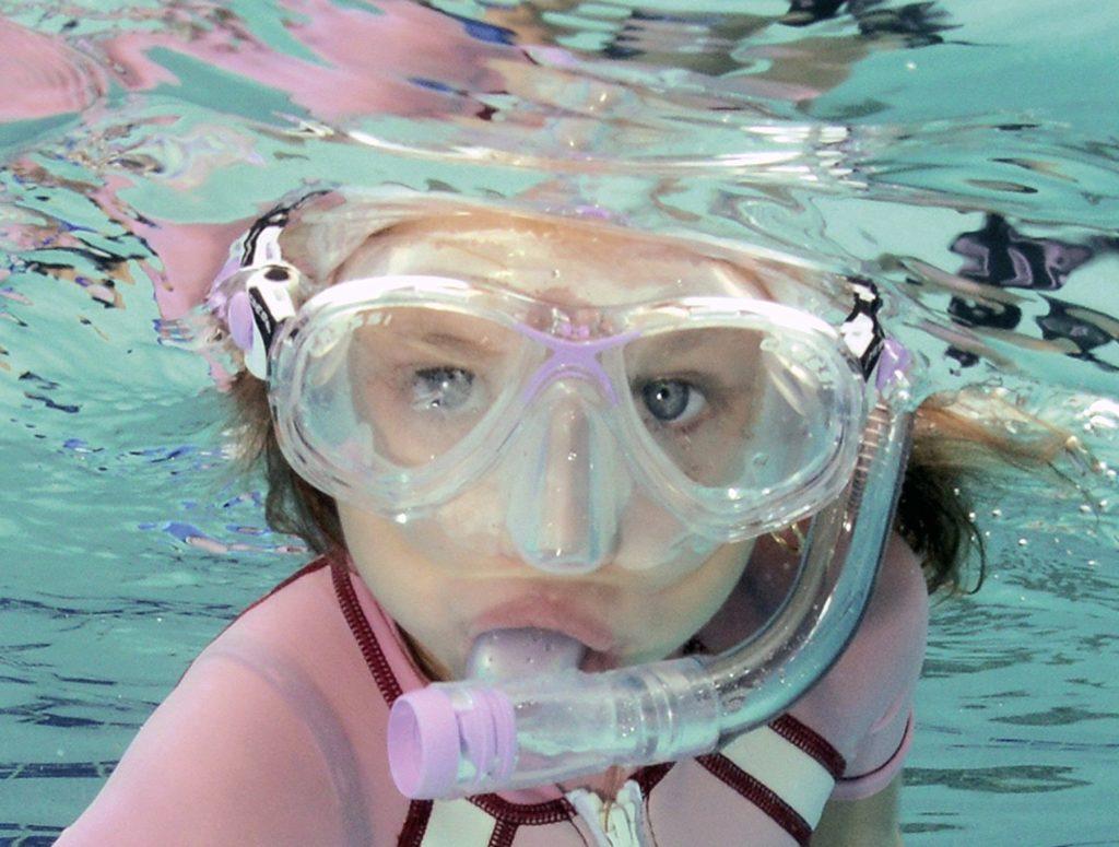 Juguetes para piscina: máscara de buceo