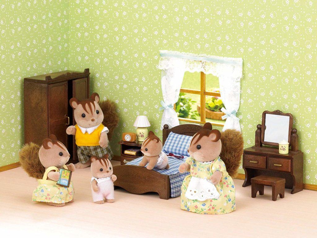 Sylvanian Families ardillas en el dormitorio