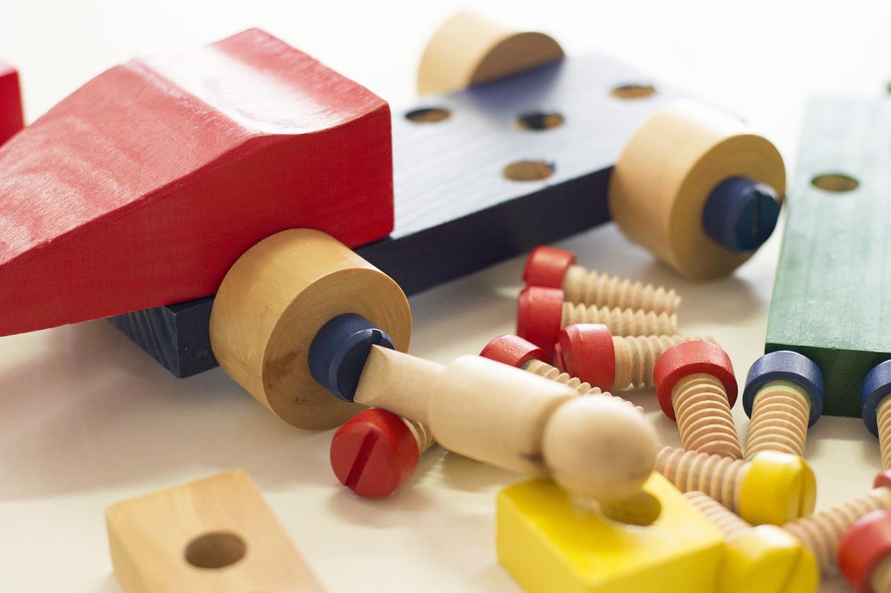 Juguetes baratos- juguetes de madera baratos y otros