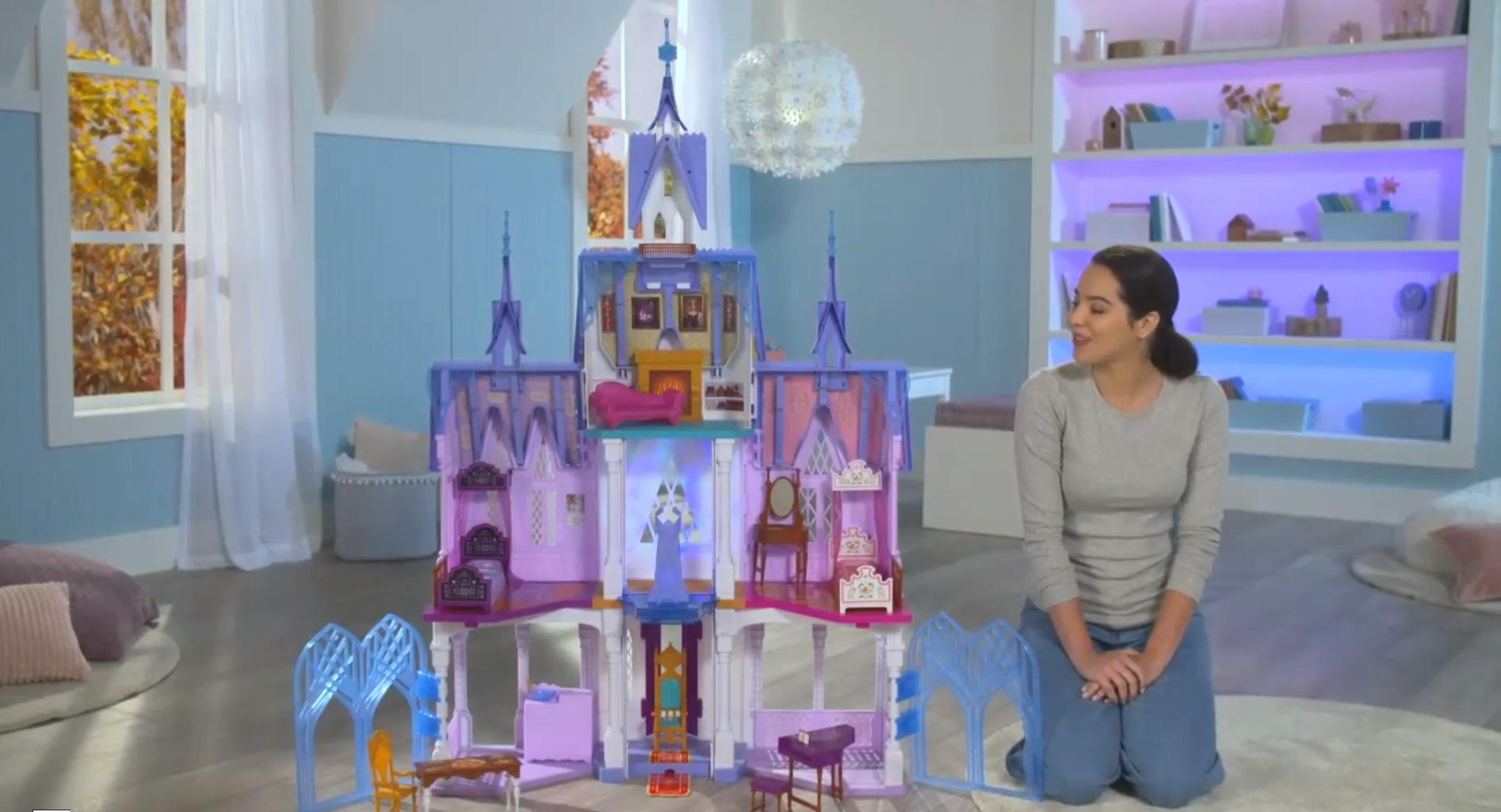 Castillo de Arendelle de Hasbro 'Ultimate'